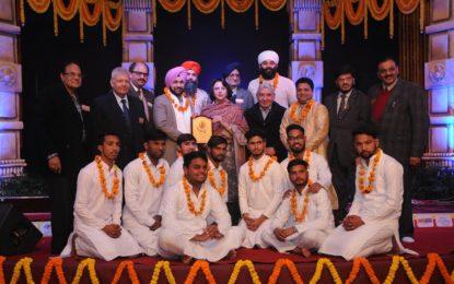 Inaugaural of 'The 141st Shree Baba Harivallabh Sangeet Sammelan ' on 23-12-16